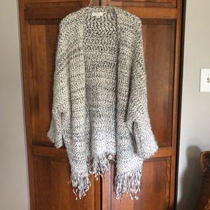 Umgee Sweater/ Shawl